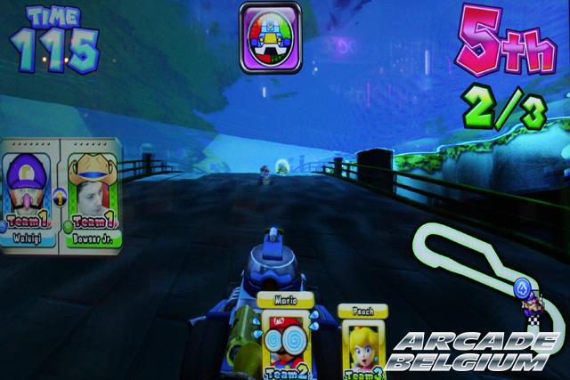 Mario Kart Arcade GP DX - Page 2 Eag14011b