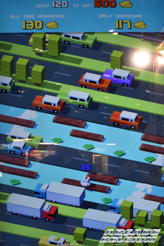 Crossy Road Arcade Crossyroad_06b