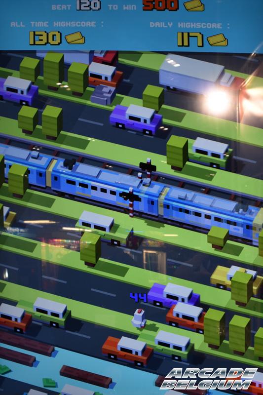 Crossy Road Arcade Crossyroad_07b