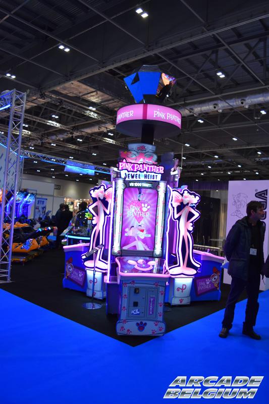 Pink Panther Jewel Heist Pinkpant_02b