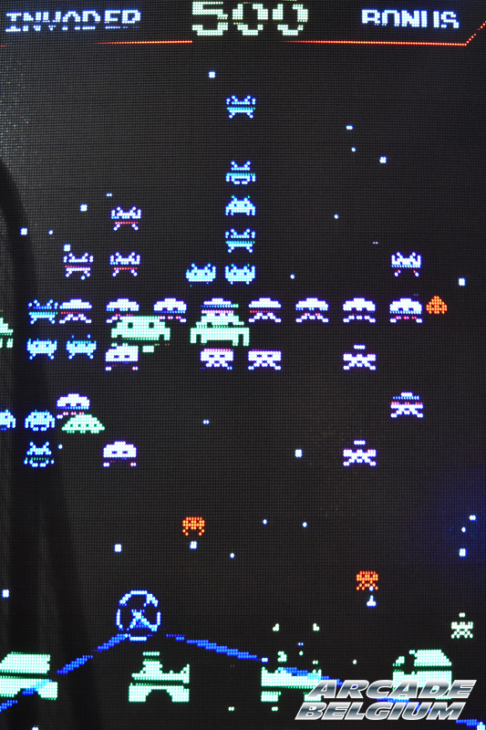 Space Invaders Frenzy Eag17_142b