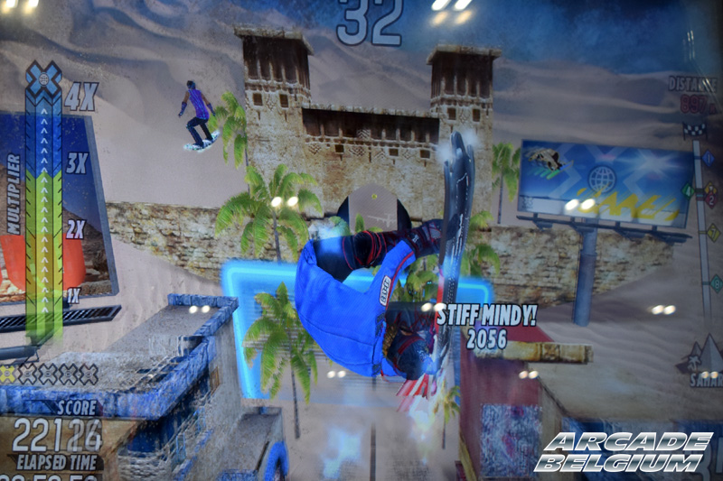 X Games Snow Boarder Eag18071b