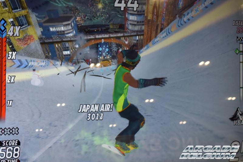 X Games Snow Boarder Eag18084b